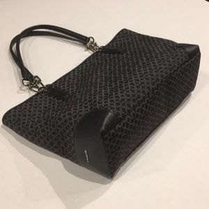 Coach black and grey signature knit leather tote